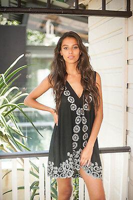 New Ladies Summer Dress Island Jade Beach One Size Resort Wear Rayon Embroided