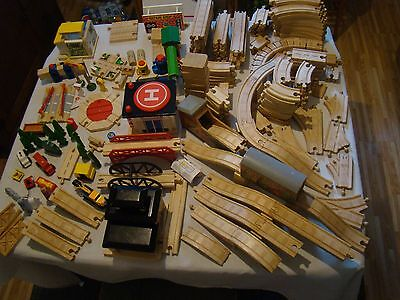 OVER 200 PIECES Thomas the Train Wooded Tracks - Accessories 200+  HUGE LOT WOOD