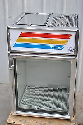 New True Gdm-05-S-Ld Countertop Refrigerated Glass Door Merchandiser