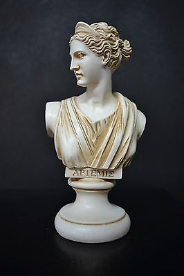 Artemis(Diana),the ancient greek goddess of Nature and hunting