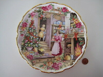 Royal Albert England Old Country Roses Wall Plate Christmas Treats Fred Errill