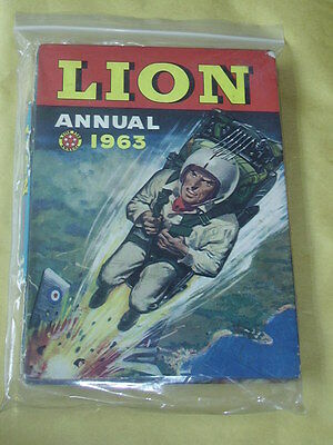 LION ANNUAL (1963) Poor/Fair Condition