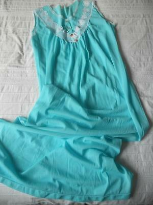 Pretty Vintage 1960's Irene Lingerie Ladies Sleeveless Aqua Nylon Nightie 12