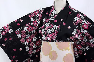 浴衣 Yukata japonais - Noir et sakura - Import direct Japon !