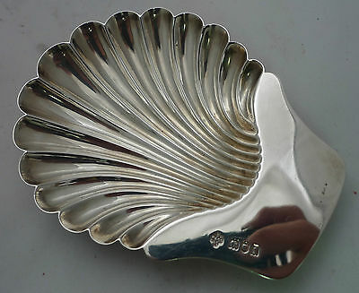 Antique Silver Shell Shaped Butter Dish London 1906 72g