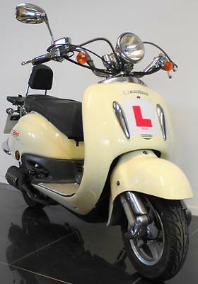 2016 65 Direct Bikes Db 50 Qt-E Tommy White Moped/scooter 49 Cc Project Cat C