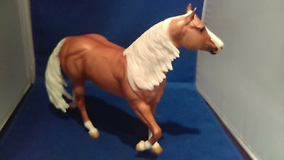 Breyer Traditional-Smart Chic Olena-Breyerfest-Smart & Shiney-5000 Pcs-NIB!