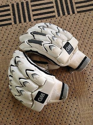 Men's Right Hand Gunn And Moore GM Cricket Gloves 909