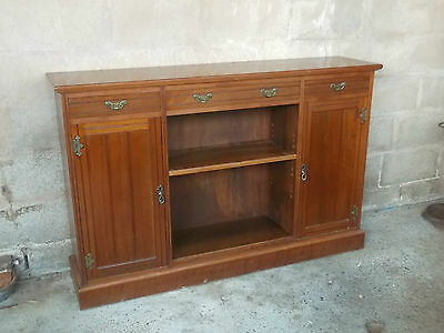 A Good Solid Edwardian Mahogany Small Sideboard Good Storage And Colour