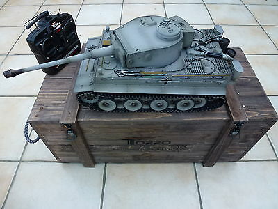 Torro 1/16 RC German Tiger 1 IR Tank 2.4GHz Metal Grey Early Edition Wooden Box