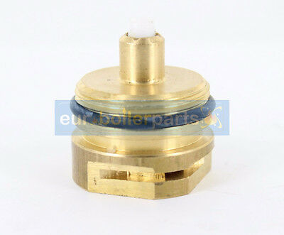 Glowworm 24Cxi , 30Cxi , 38Cxi Diverter Valve Bush 2000801903 801903 Brand New