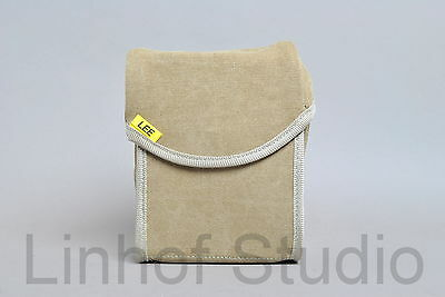Lee Filters Field Pouch Holds 10 Filters for the 100mm System - Sand