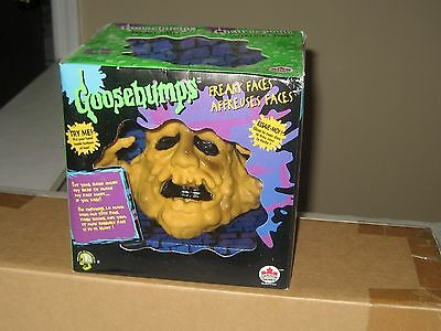 Goosebumps 1996 Freaky Faces Mud Monster  Boglin Hand Puppet MIB Sealed