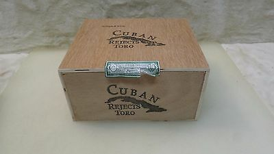 Large 50 Count Empty Wooden Cigar Box Rejects Toro  A3028