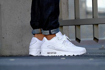 NIKE AIR MAX 90 LEATHER Mens Shoes TRIPLE WHITE 302519 113