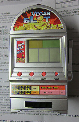 Vintage working souvenir Las Vegas Nevada toy slot machine bank w. light sound