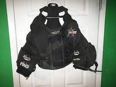 BRIAN's KEVLAR PRO GOALIE CHEST PROTECTOR Size Small / medium?