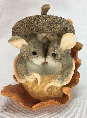 "Charming Tails ""Acorn Built For Two"" Dean Griff Silvestri"