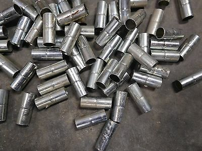 Box of 100 Peices - RACO Indenter Conduit Couplings 1/2 EMT B-M Steel