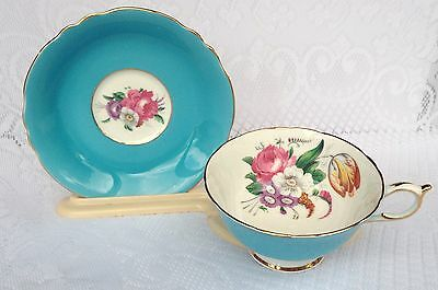 Paragon Tea Cup & Saucer 'Queen Mary' stamp - blue with floral bouquet (724)