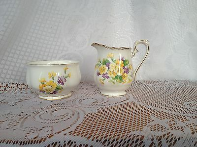 Royal Albert Mini Creamer/Sugar yellow/purple flowers (490)