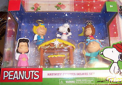 NEW NRFB Peanuts Nativity Figure Deluxe Set Snoopy Lucy Sally Linus