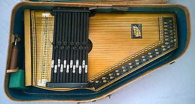 Vintage THE NEW GOLDEN AUTOHARP in Original Case Strings Musical Instrument