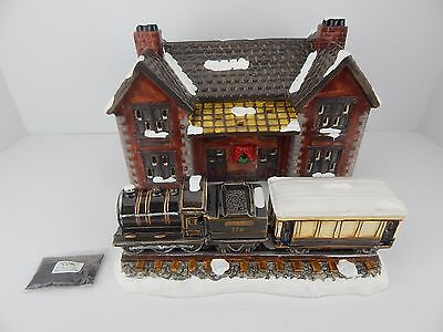 Dept 56 The Original Snow Village Railroad Depot and Train #50512 RARE!