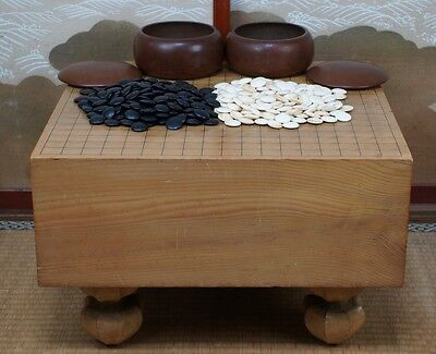 Japanese Go thick wood board with Ishi set 1900s Japan Goban traditional craft.