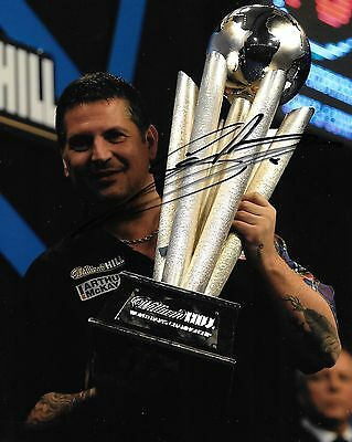 gary anderson celebrating world championship trophy signed 10x8 photo PROOF
