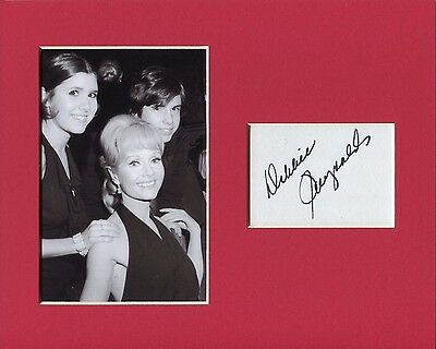 Debbie Reynolds Oscar Nominee Signed Autograph Photo Display With Carrie & Todd
