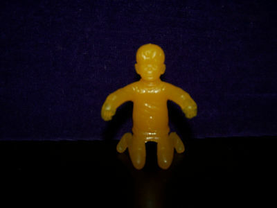 Winnie The Pooh Series Nabisco Yellow Christopher Robin  Spoon Sitter