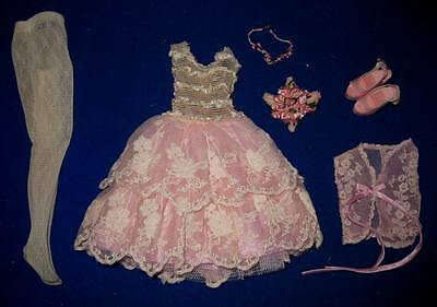 Raindrops & Roses Lizette outfit only Wilde Imagination Fit Amber Ellowyne Mint