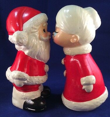 "Vintage Christmas KISSING SANTA MRS CLAUS  6"" Figures Hand Made Japan"