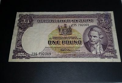 NZ New Zealand c1967 1 POUND £ paper note FLEMING circulated note