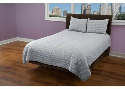 Rizzy Home 1 Piece Quilight In Light Gray - (Standard Sham)