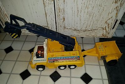 VINTAGE Fisher Price Husky Helpers 339 Power and Light Rig Helper Truck RARE
