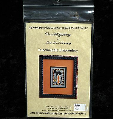 Black Cat Punchneedle Pattern with Printed Fabric / Cloth Crosse Stitchery WI