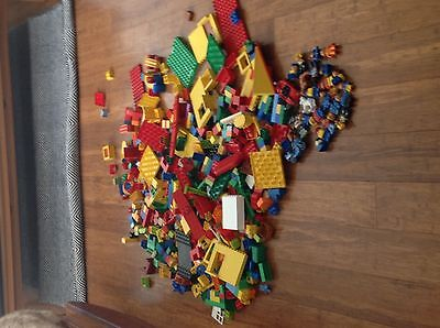 Huge lot of genuine lego duplo, over 640 pieces, includes people and vehicles