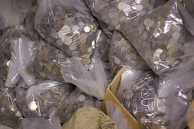 Bulk lot of 1 Kg of mixed coins , mainly UK & Europe from 20th century