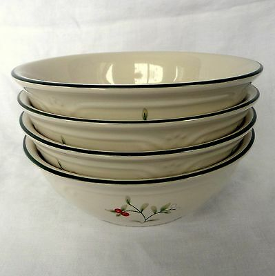 Set of 4 Pfaltzgraff Winterberry Soup Bowls Christmas Holly Berries