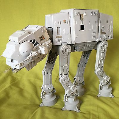 ATAT Star Wars Vehicle The Empire Strikes Back Great Condition