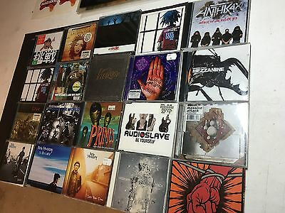 MUSIC CDs, LARGE LOT OF MIXED CDS, ALBUMS AND SINGLES, VARIOUS ARTISTS
