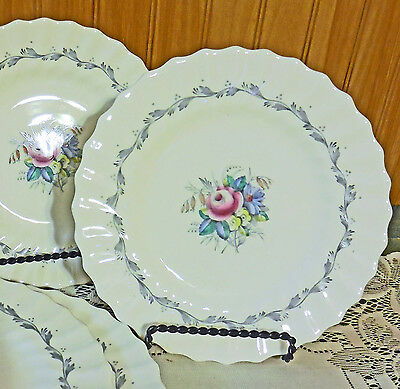 MINT FIRST QUALITY 4 Royal Doulton CHELSEA ROSE Bone China Bread Butter Plates