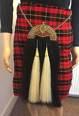 Real Horse Hair Sporran With Gold Gordon Highlander Badge Plate