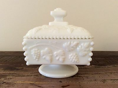 Vintage Westmoreland Milk Glass Beaded Grape Covered Honey/Candy Dish - MINT