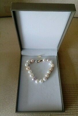 Cultured Pearl Bracelet in Shades of Pink & White with 14carat gold clasp