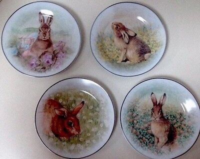 """S/4 Pottery Barn Meadow Bunny Asst Easter Dinner Plates - New In """"Hat"""" Box"""