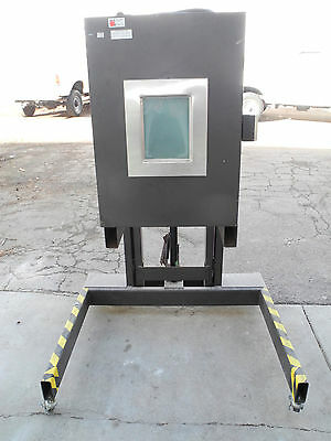 NASA  Thermotron Thermal Chamber Operates from -200 to +600 Degrees