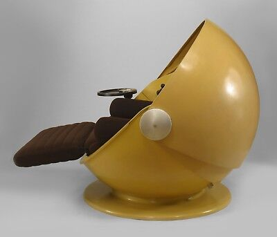 "German Post-War Design (1969) ""Sunball"" Yellow Fiberglass Spherical Chaise"